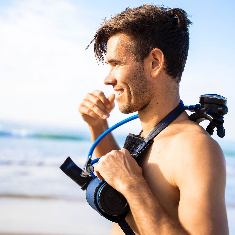 🔜☀️   #sun #summer #life #enjoy #sea #minidive #diving #scuba #man #jet #wave #blue